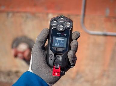 Détecteur de gaz connecté G7c et dispositif de sécurité d'homme à terre